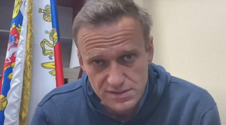 """Screenshot_2021-01-19 Russia Authorities use farcical surprise """"hearing"""" to keep Aleksei Navalny behind bars"""